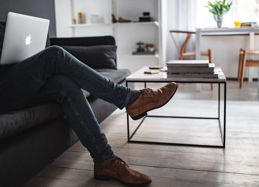 foot-laptop